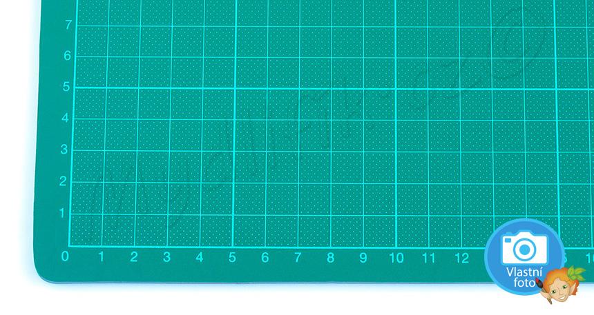 Folia 2342 | Řezací podložka zelená - 30 x 45 cm