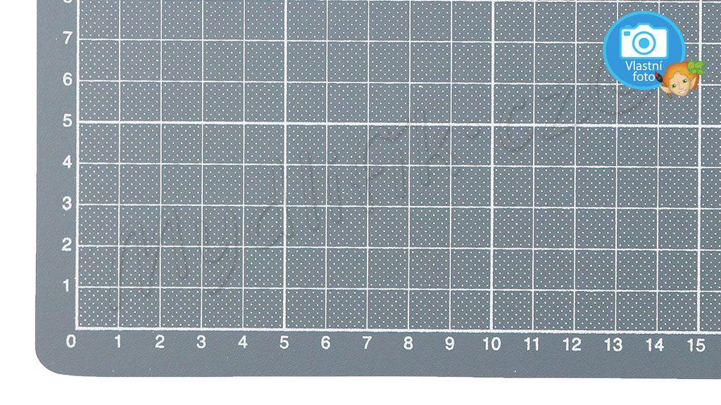 Folia 2340 - Rezaci podlozka tvrda 22x30 cm
